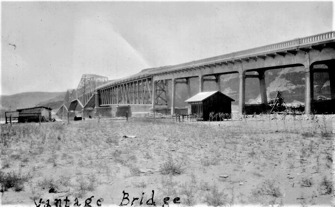 Contrasted Vantage Bridge